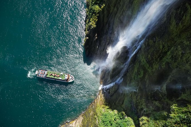 Milford Sound Coach & Cruise from Queenstown or Te Anau