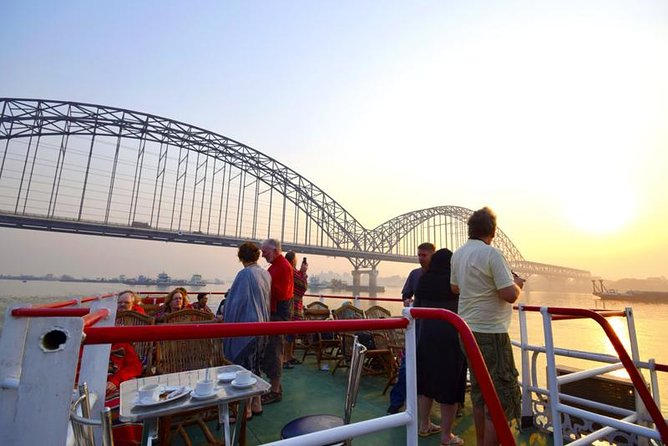 Mandalay to Bagan Cruise Full Day Tour with Yandabo Excursion and Transfers