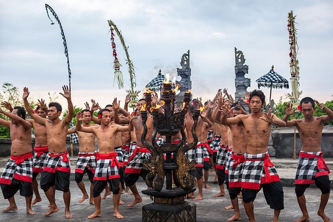 Uluwatu, Kecak Dance and Seafood Dinner on the Beach