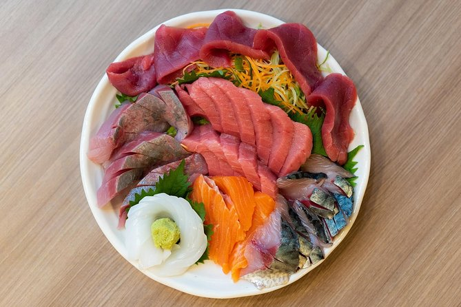 Supreme Sushi Breakfast and Special Access at Toyosu Fish Market