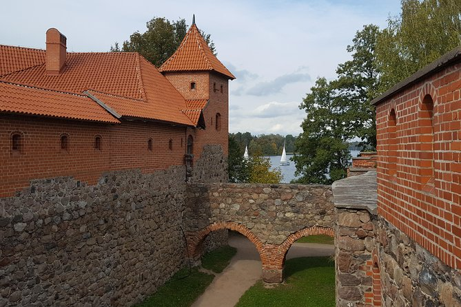Sightseeingtur i liten gruppe til Paneriai minnepark og Trakai-borgen
