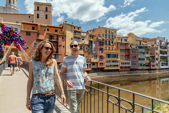 Medieval Girona Private Tour with Scenic Train Ride