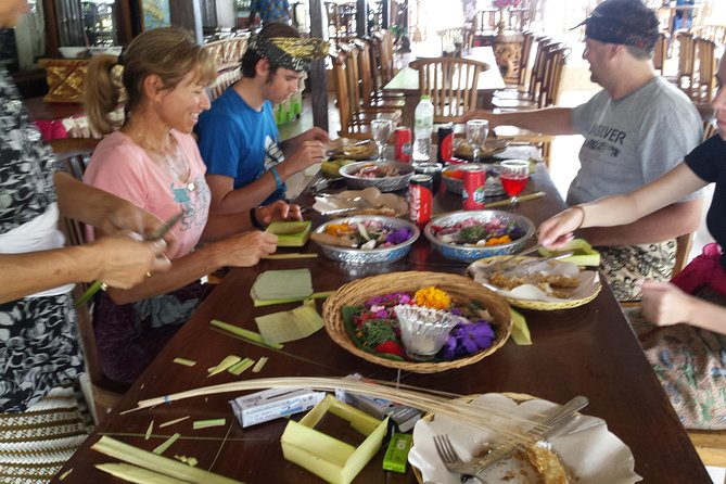Balinese Offering Making Class & Sightseeing Tour