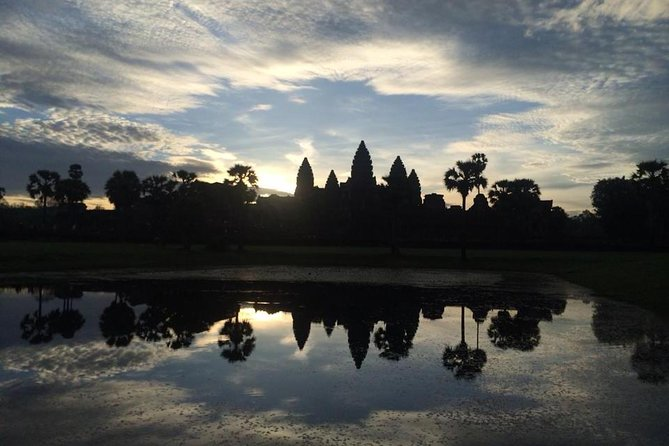 One day Angkor temple with sunrise photo 20