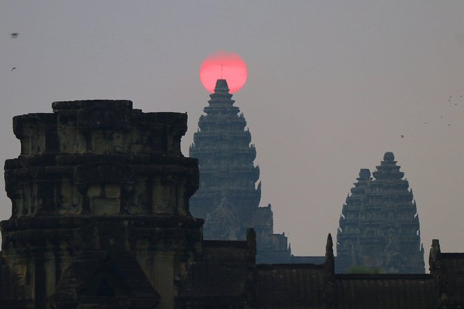 One day Angkor temple with sunrise photo 33
