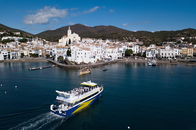 Boat Trip to Cadaqués from Roses with STOP 1:30h in Cadaqués photo 1