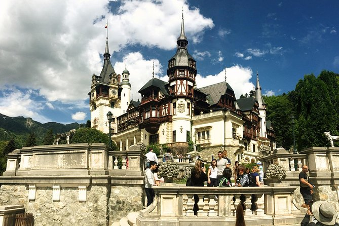 Dracula & Peles Castle One Day Tour from Bucharest