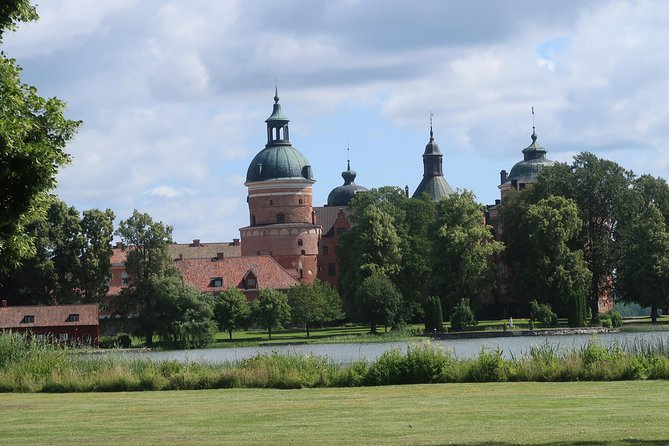 Gripsholm Castle and Mariefred City, Private Chauffeur Tour from Stockholm