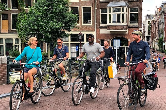 *** Six person group max. -- Owner guided - Fine Cycling Amsterdam - 2 hrs photo 3