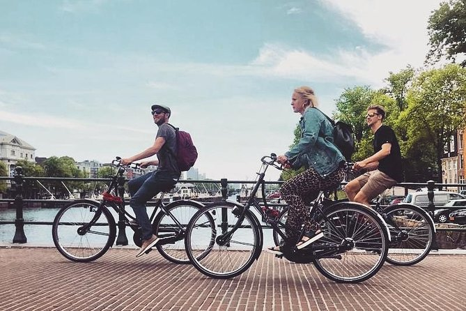 *** Six person group max. -- Owner guided - Fine Cycling Amsterdam - 2 hrs photo 9