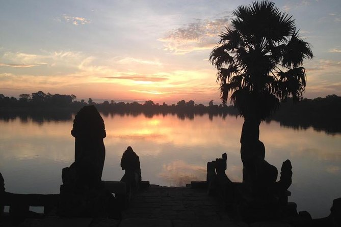 One day Angkor temple with sunrise photo 22