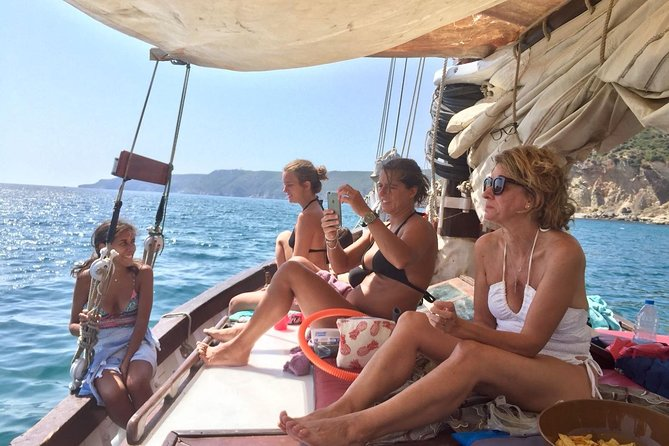 7h Private, Sail with your Exclusive Group in Arrábida and Peninsula de Tróia