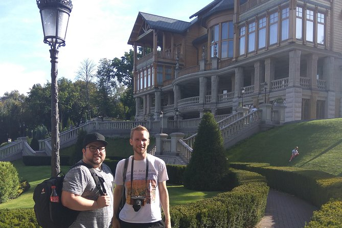 Private guided Mezhyhirya tour (Yanukovych Residence, Museum of corruption)