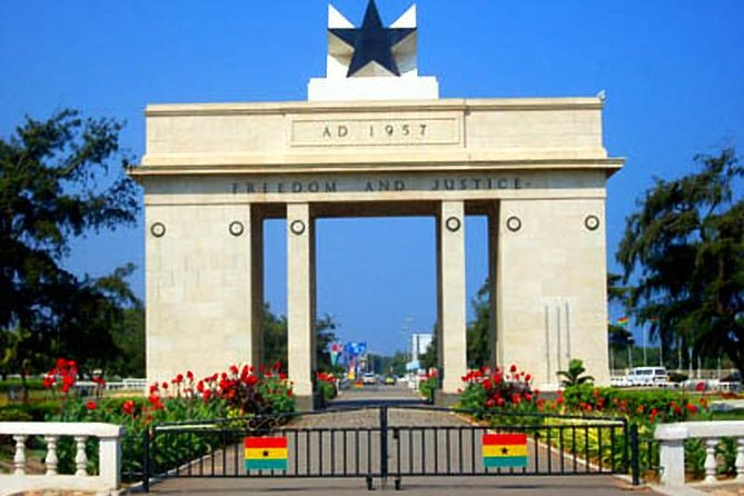 Discover Senegal and Ghana, 11 Days