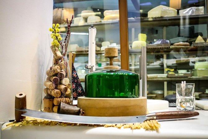 Tasting Spanish Artesanal Cheeses
