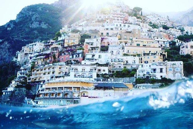 Prosecco & Boat