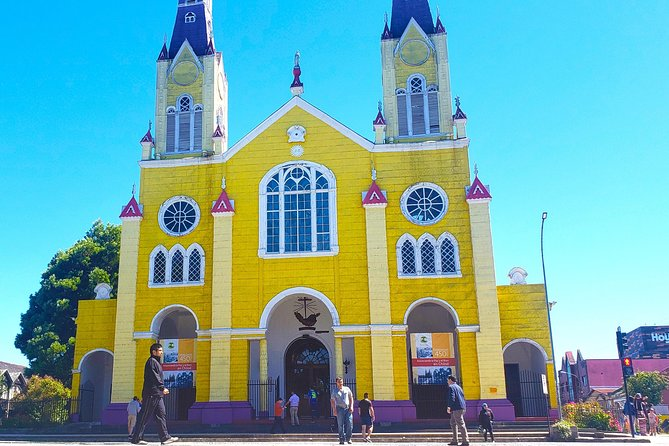 Premium Full Day Tour to Chiloe, visiting Castro and Dalcahue photo 3