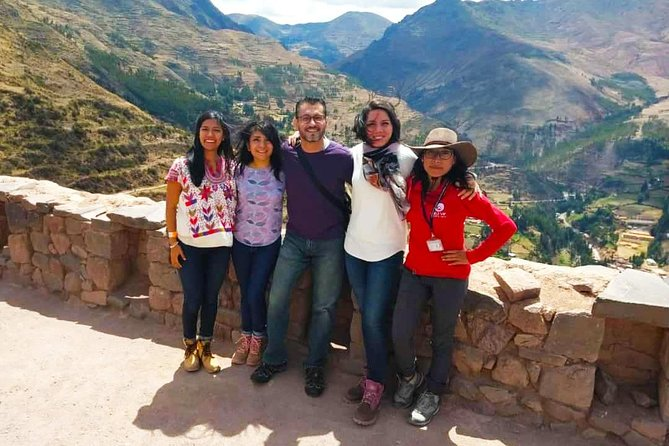 Sacred Valley of the Incas in Private: Pisaq, Ollantaytambo, Chinchero, Awanacancha