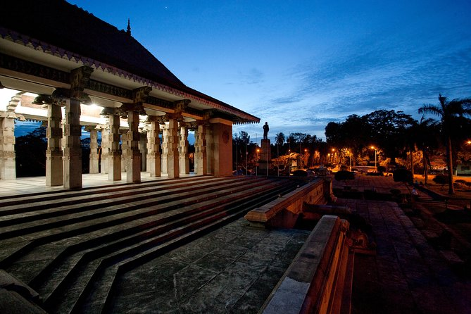 Colombo City Tour from Negombo (Private 6-Hour Tour)