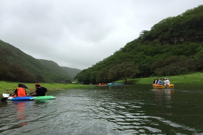 Wadi Darbat Seasonal Waterfall, Hiking and Boating Private Tour - Salalah Oman