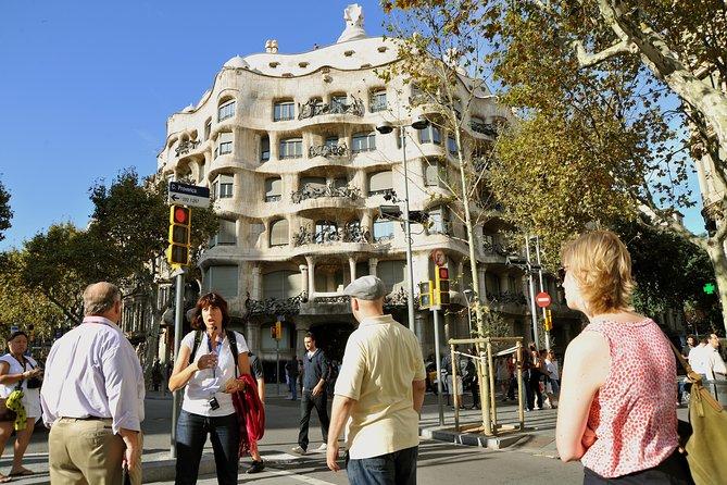 Barcelona Modernist Walking Tour with Exclusive Casa Amatller Visit & Cava Glass