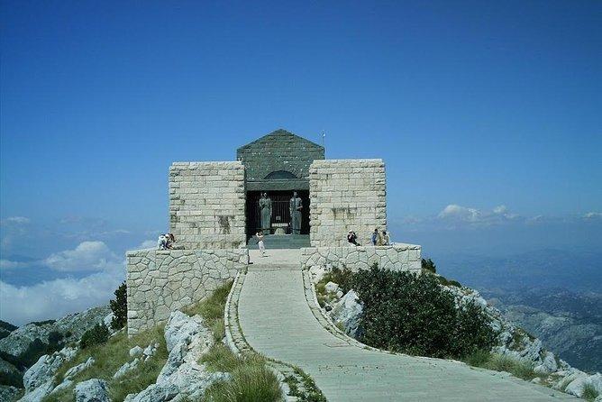 Tour Montenegrin Olympus (Cetnije, Lovcen)