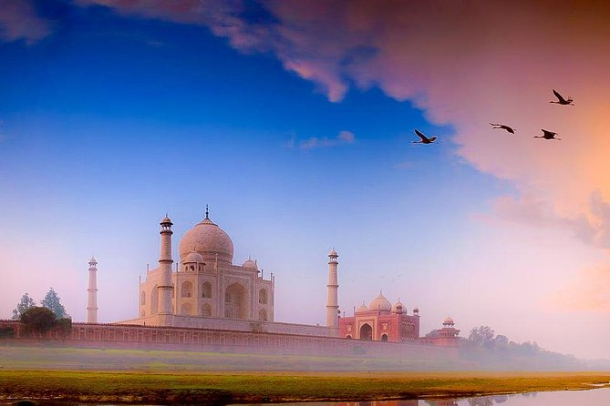 Sunrise Taj Mahal Tour From Delhi