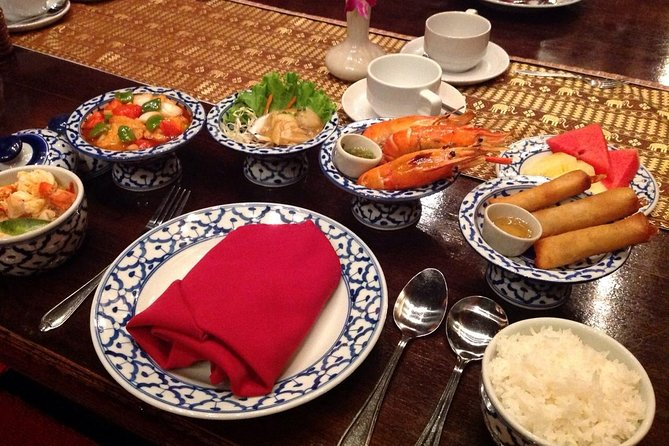 Bangkok: Authentic Thai Dinner & Cultural Dance Performance at Silom Village