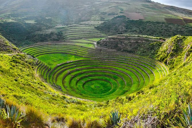 Sacred valley with maras moray with connection machupicchu 2days 1 night
