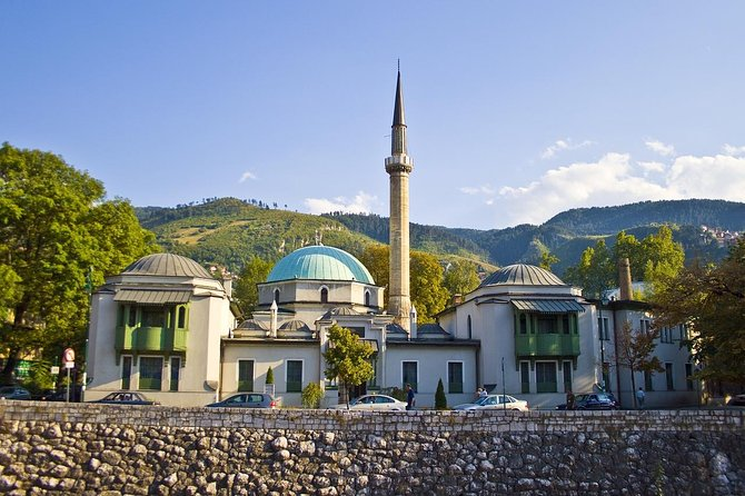 Private Transfer from Zagreb to Sarajevo with 2h of Sightseeing