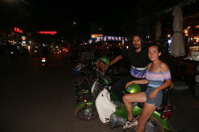 Siem Reap Street Food Tours by Green Honda Motorbike