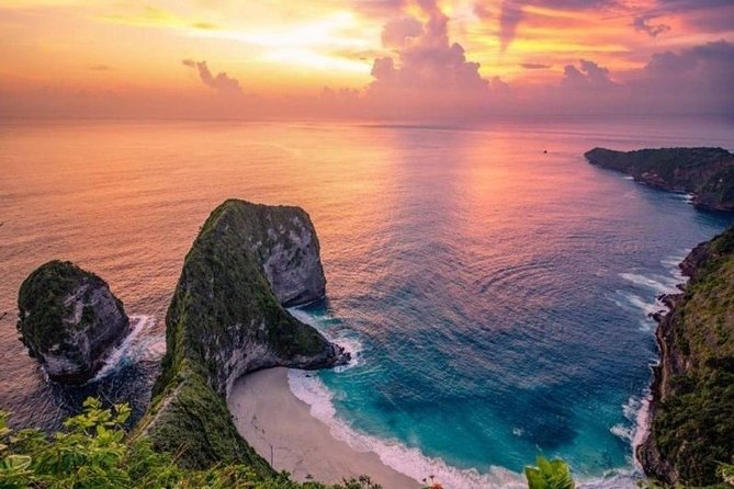 Discover Nusa Penida West or East Side Tour + Return Tickets open dates