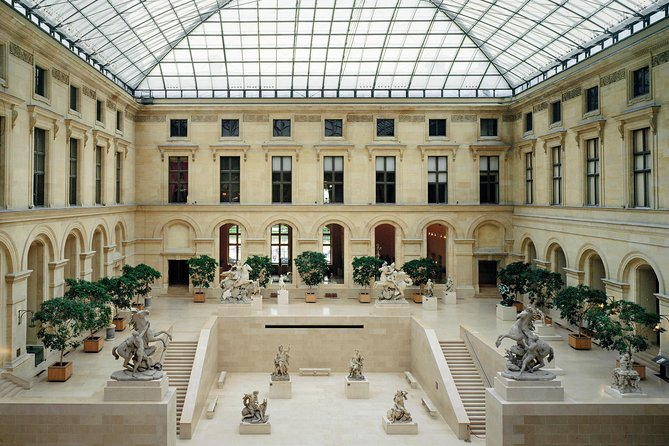 Louvre Museum Priority Access Ticket with Audio Guide