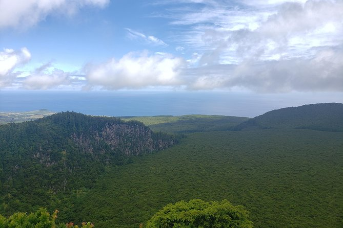 Full-Day Hiking Tour in Terceira Island - Rocha do Chambre
