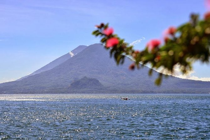 Lake Atitlán Sightseeing Cruise with Transport from Guatemala City photo 10