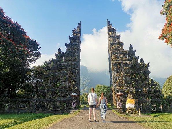 North Bali : Handara Gate,Ulun Danu Temple,Wanagiri Hill&Botanical Garden