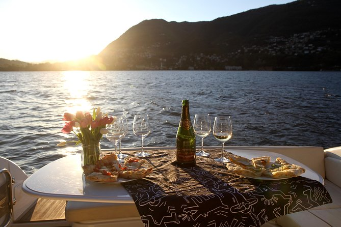 Moon Lake Dinner - Lake Como boat tour
