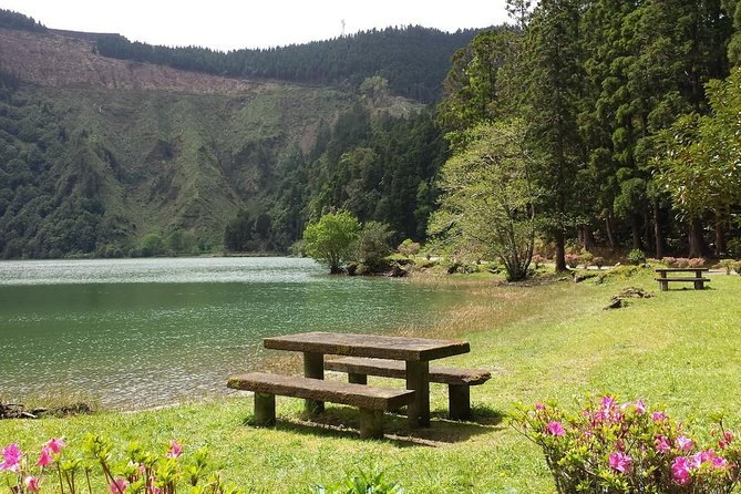 Exploring Sete Cidades by bike photo 2