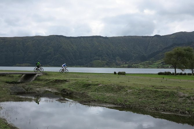 Exploring Sete Cidades by bike photo 6