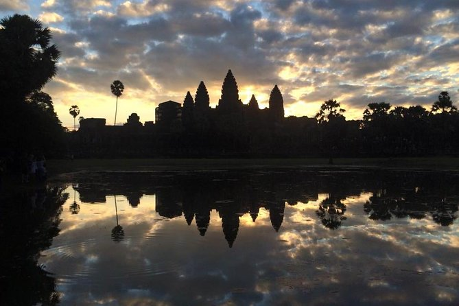 One day Angkor temple with sunrise photo 25