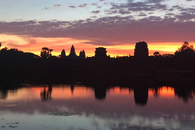 One day Angkor temple with sunrise photo 4