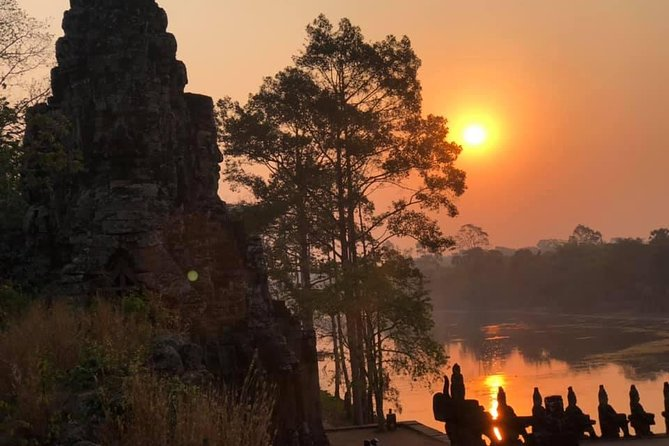One day Angkor temple with sunrise photo 16