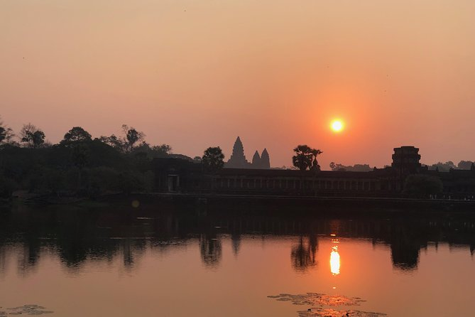 One day Angkor temple with sunrise photo 23
