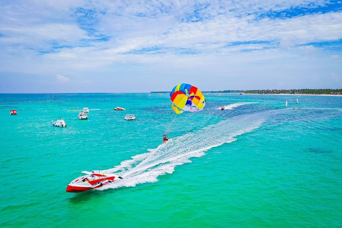 Private Parasailing Experience on Punta Cana Yacht for 2 passengers
