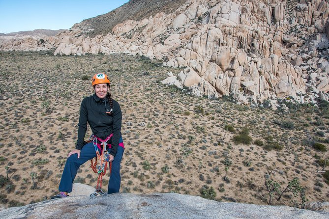 Rappelling Adventure in Joshua Tree National Park (8 Hours)