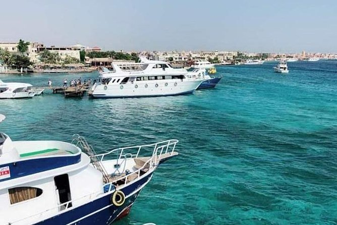 Snorkeling by boat to Ras Mohamed in Sharm el sheikh