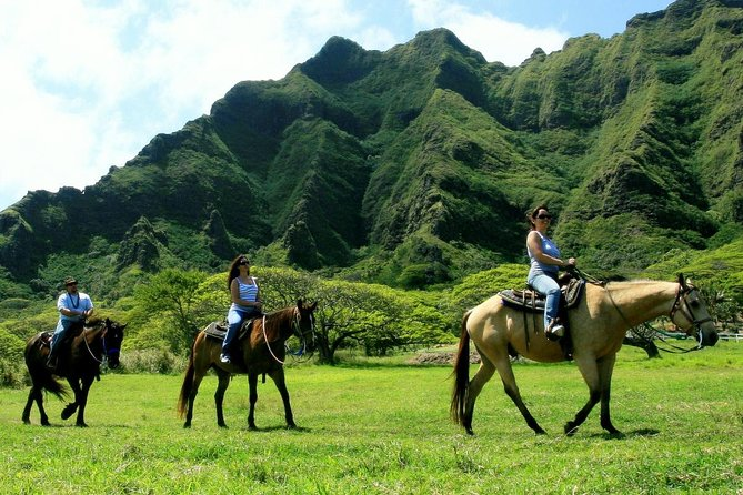 Kualoa Ranch - Horseback Adventure Package