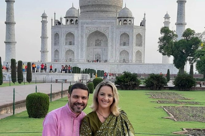 Day tour to Taj Mahal & Agra fort from Delhi,5 star hotel lunch included . photo 16