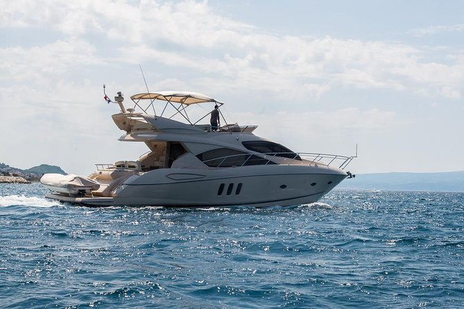Yacht - Day Charter photo 3