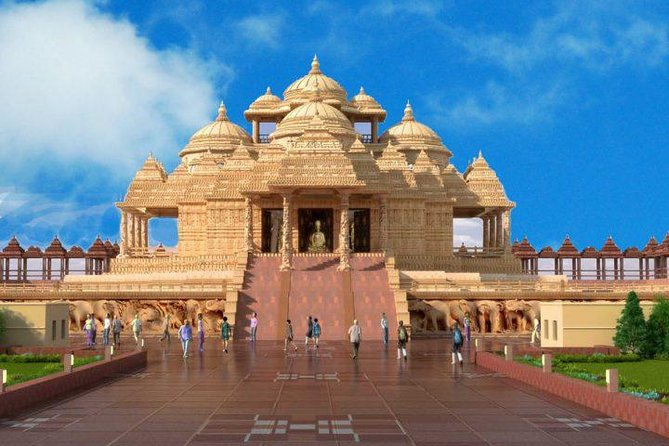 Akshardham Temple Tour Exhibition, Light and Water Show with Transfers photo 9
